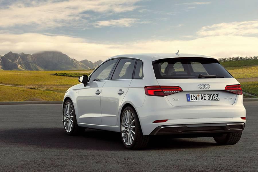 Фото Audi A3 e-tron
