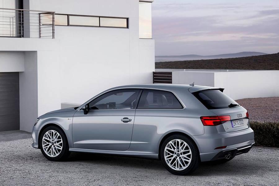 Фото Audi A3 Sportback трехдверный хэтчбек