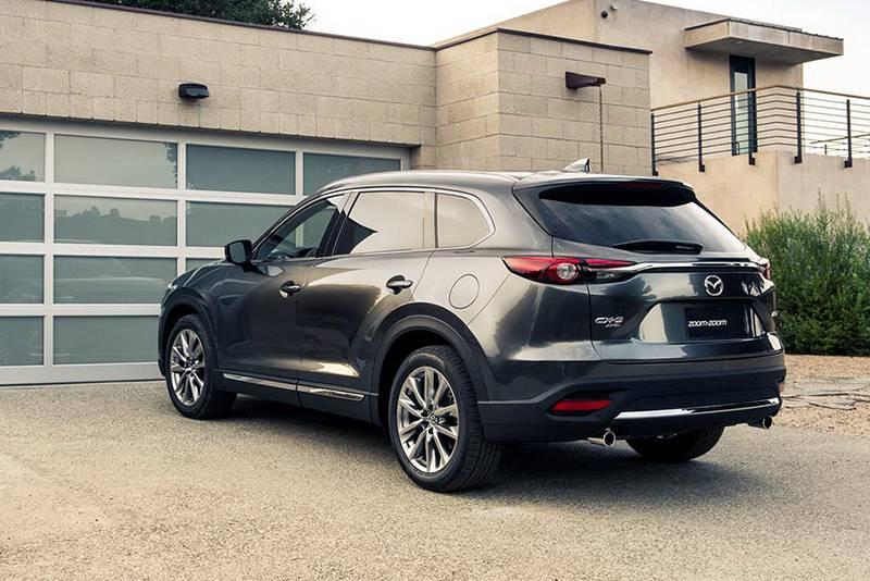 Фото Mazda CX-9 2016-2017 модельный год (вид сзади)