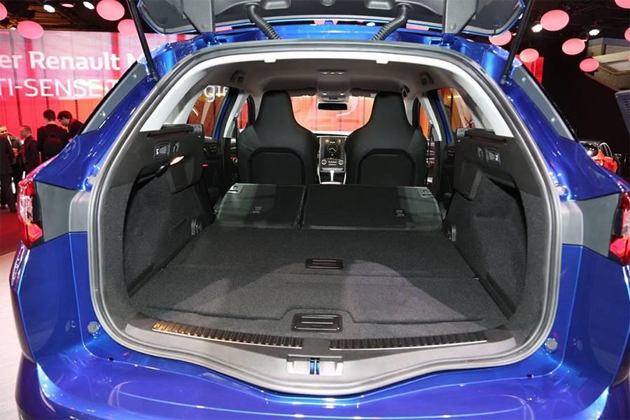 Фото багажного отделения Renault Megane Estate 2016-2017 года