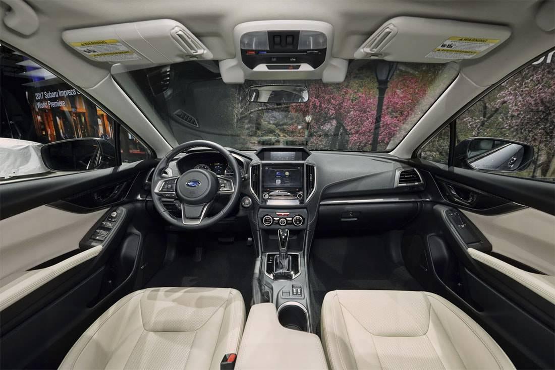 Фото салона Subaru Impreza хэтчбек 2017-2018 год