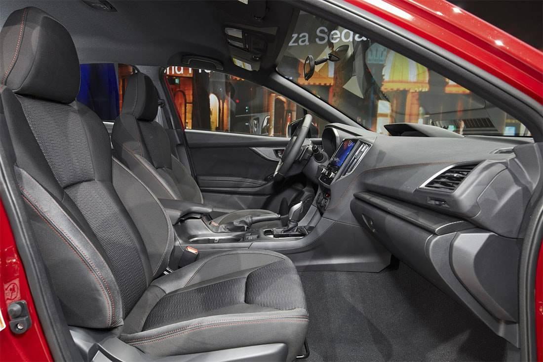 Фото интерьера Subaru Impreza седан 2017-2018 год