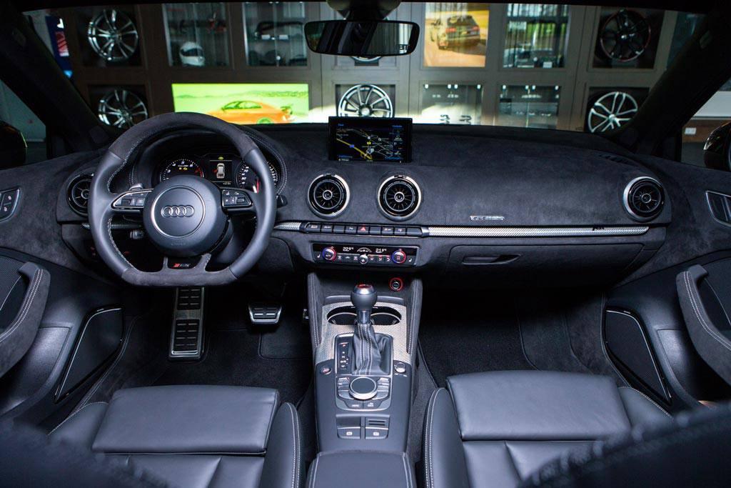 Фото салона Audi RS3 Sportback II от ABT Sportsline