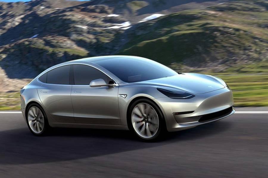 Фото электромобиля Tesla Model 3 2017-2018 года