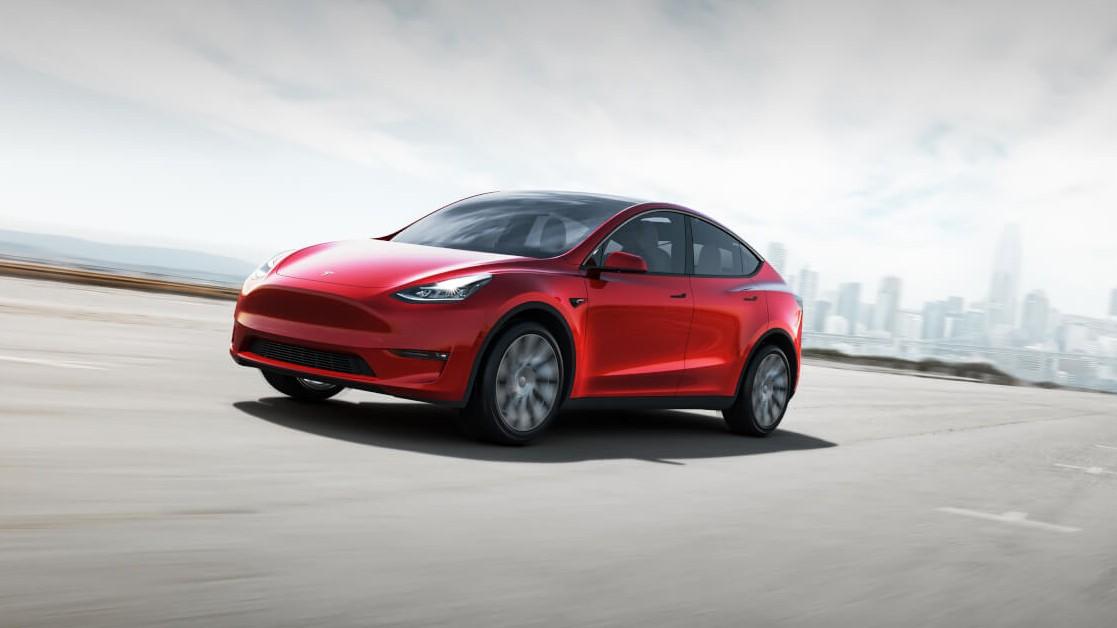 электрический кроссовер Tesla Model Y 2019-2020 года