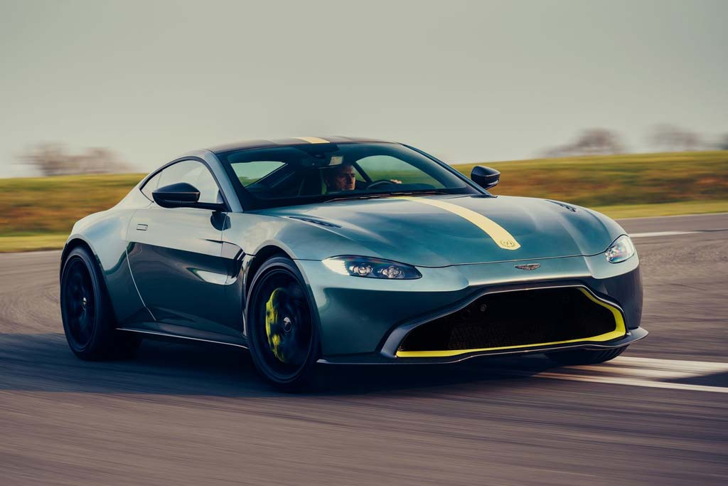 Новый суперкар Aston Martin Vantage AMR 2019-2020