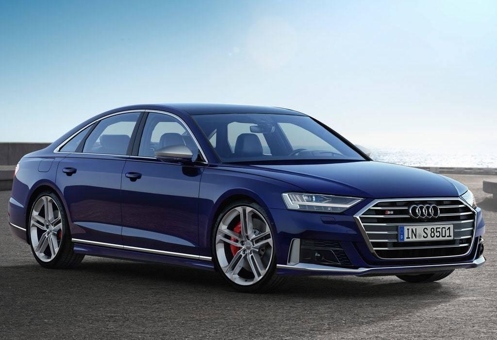 Спортивный седан Audi S8 2019-2020