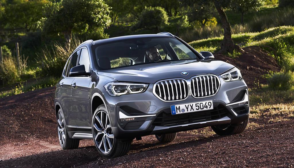 компактный кроссовер BMW X1 2019-2020 года