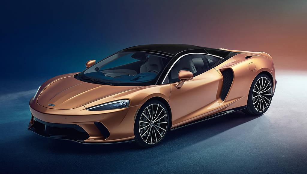 Спорт-кар McLaren GT 2019-2020 для дальних путешествий