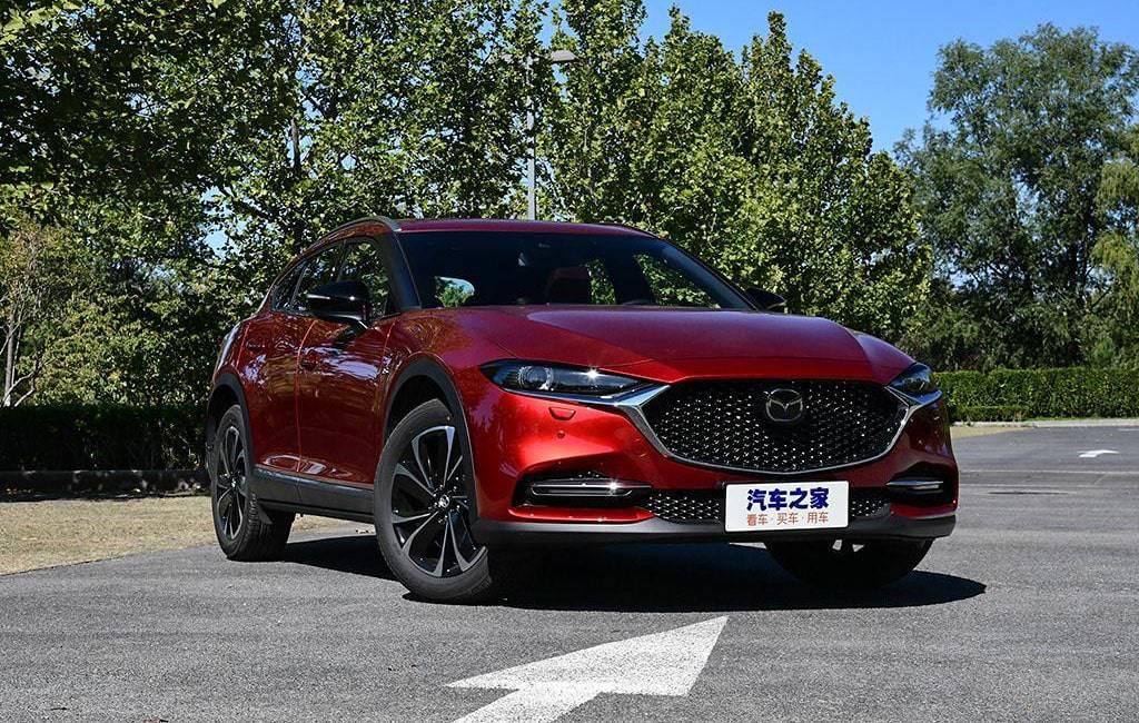 Обновленный кроссовер Mazda CX-4 для Китая