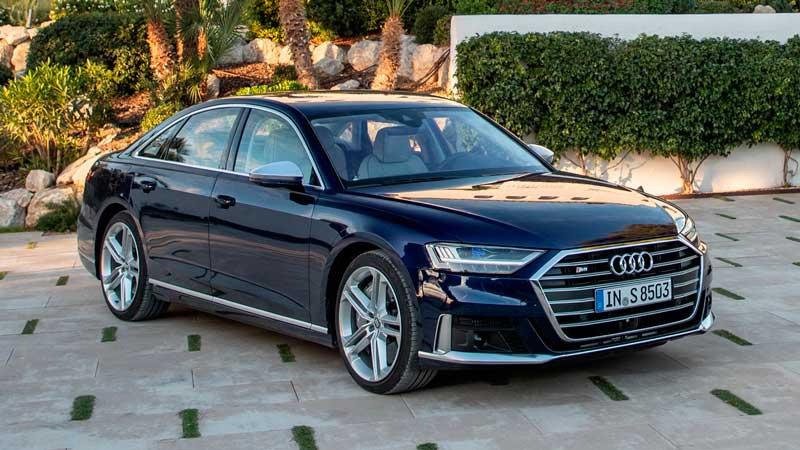 Седан Audi S8 2020 для России