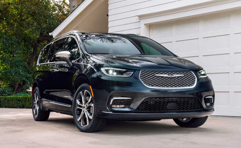 Обновленный минивен Chrysler Pacifica 2020-2021
