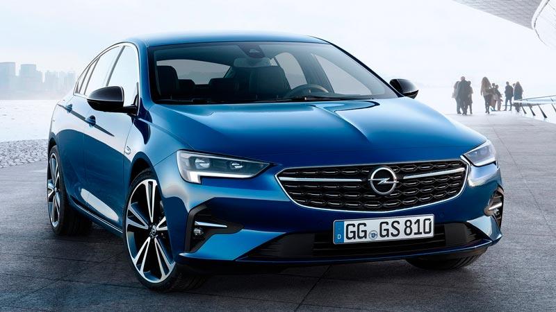 Обновленный лифтбек Opel Insignia 2020