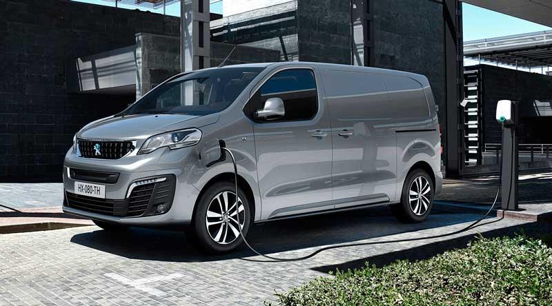 Электрический вэн Peugeot e-Expert 2020