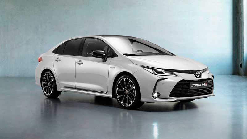 Седан Toyota Corolla GR Sport 2021