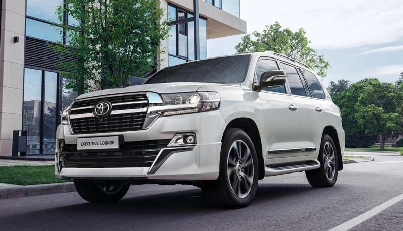 Обновленный внедорожник Toyota Land Cruiser 200 Executive Lounge 2020