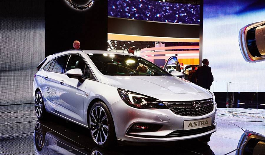 Фото Opel Astra Sports Tourer 2016-2017