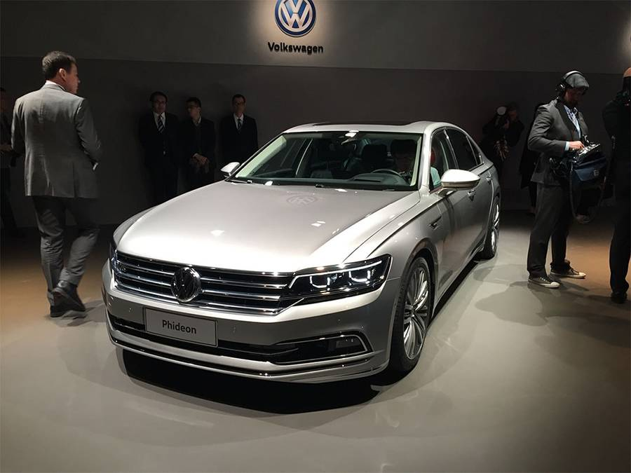 Фото Volkswagen Phideon 2016-2017 года