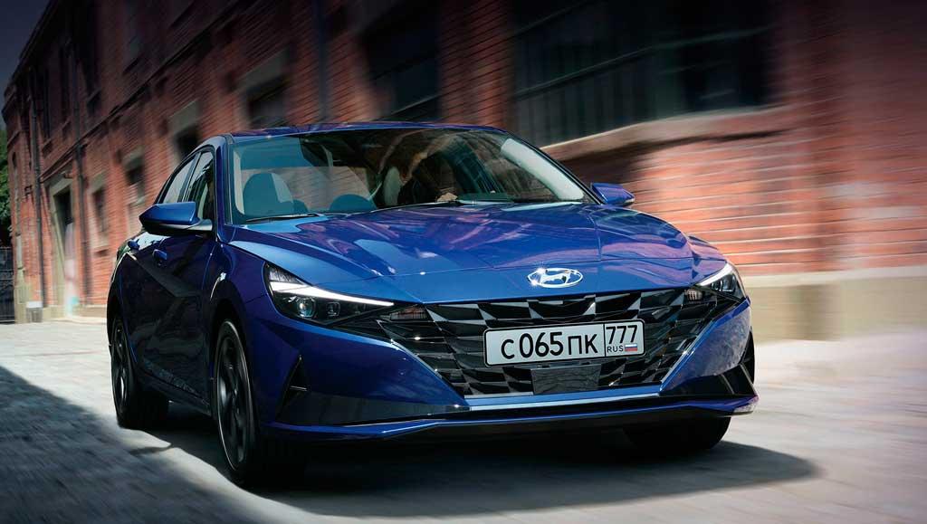 Седан Hyundai Elantra 2021 седьмого поколения