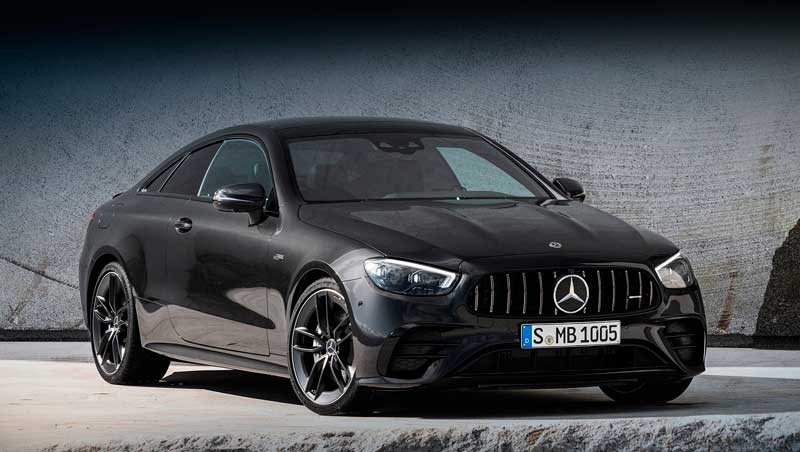 В России начались продажи купе и кабриолета Mercedes E-класса