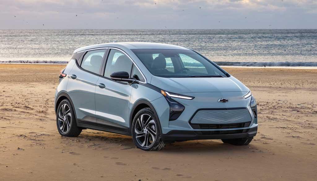 Обновленный электрический хэтчбек Chevrolet Bolt EV 2022
