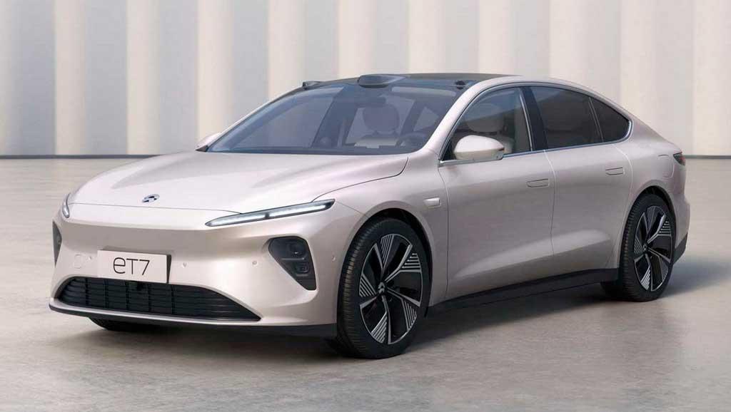 Электрический седан Nio ET7 2022