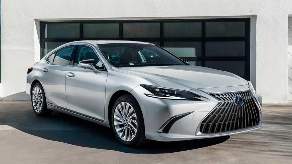 Седан Lexus ES 2022