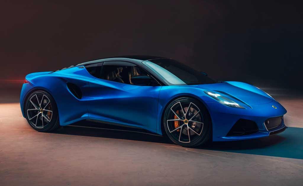 Спортивное купе Lotus Emira 2022