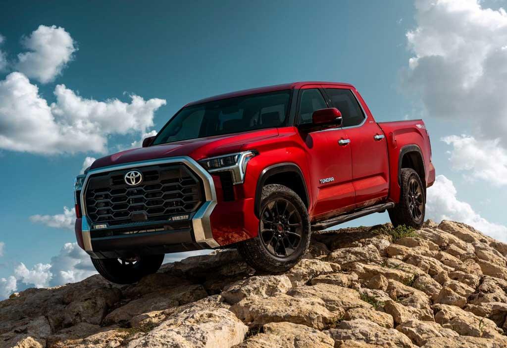 Пикап Toyota Tundra 2022 третьего поколения