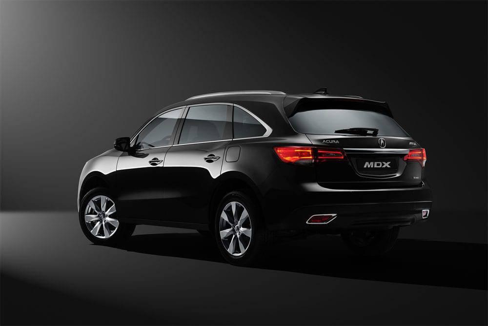 Acura MDX 2016-2017 модельного года - вид сзади
