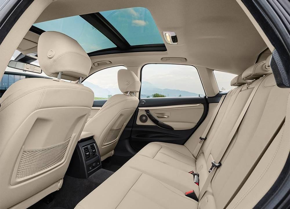 BMW 3 GT 2017 фото интерьера