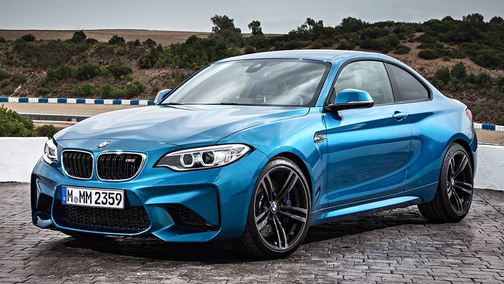 BMW M2 Coupe 2016-2017 модельного года - вид спереди