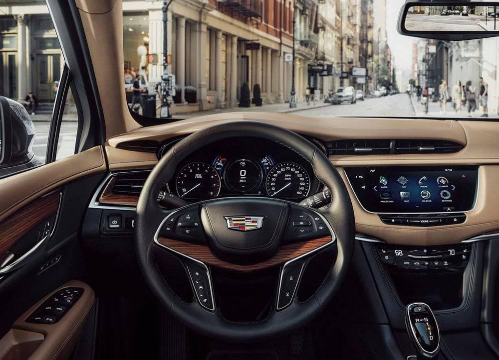 Фото салона Cadillac XT5 2016-2017 модельного года