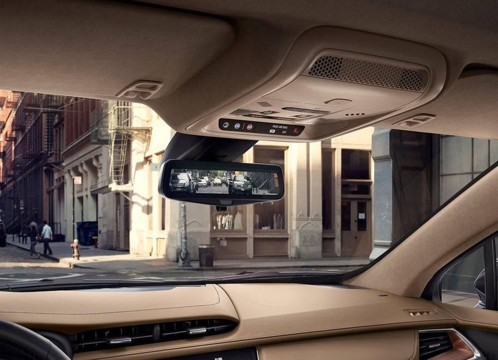 Интерьер Cadillac XT5 2016-2017 модельного года