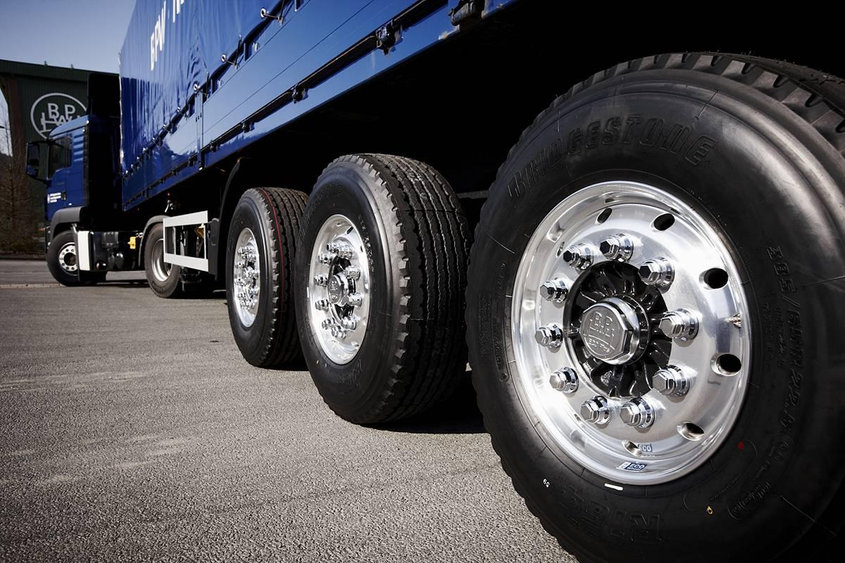 Колесные грузовые диски