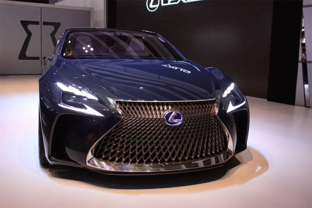 Фото Lexus LF-FC Concept - вид спереди