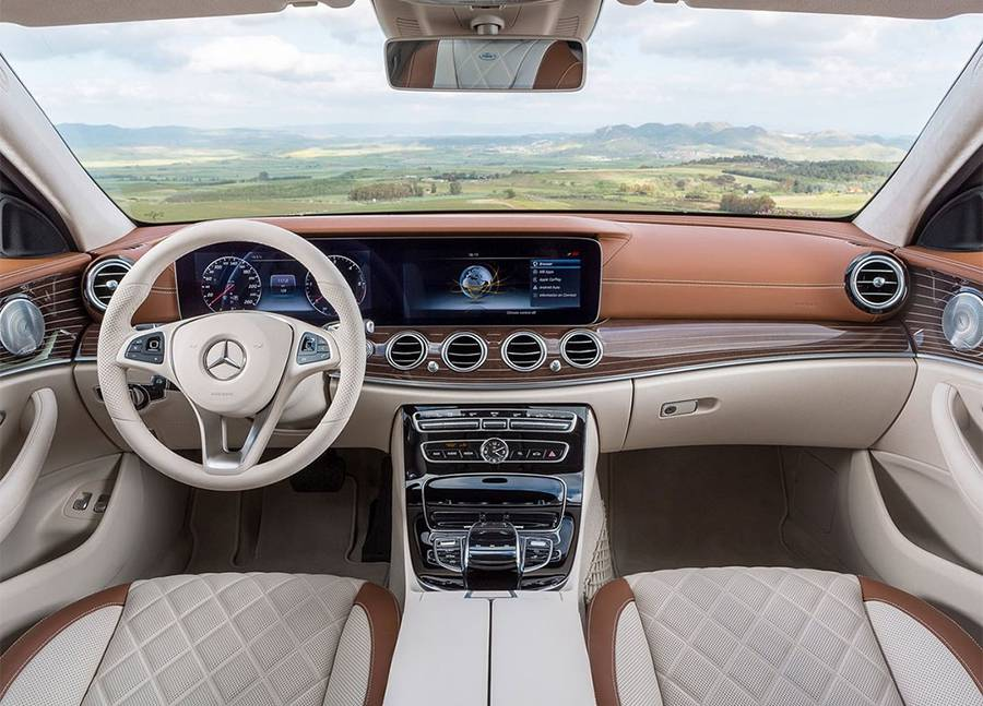 фото салона Mercedes-Benz E-Class Estate (S213) 2016-2017