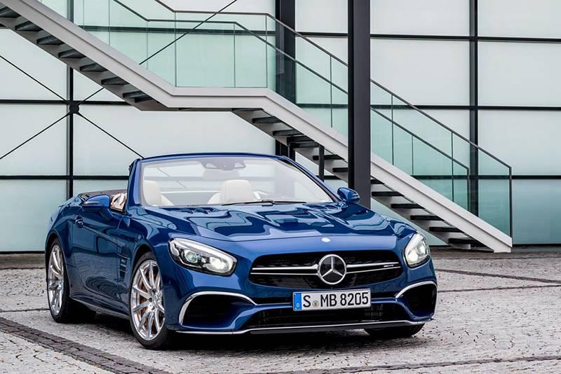 Фото Mercedes-Benz SL 2016-2017 модельного года - вид спереди