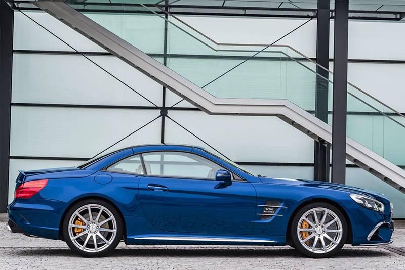 Фото Mercedes-Benz SL 2016-2017 модельного года - вид сбоку