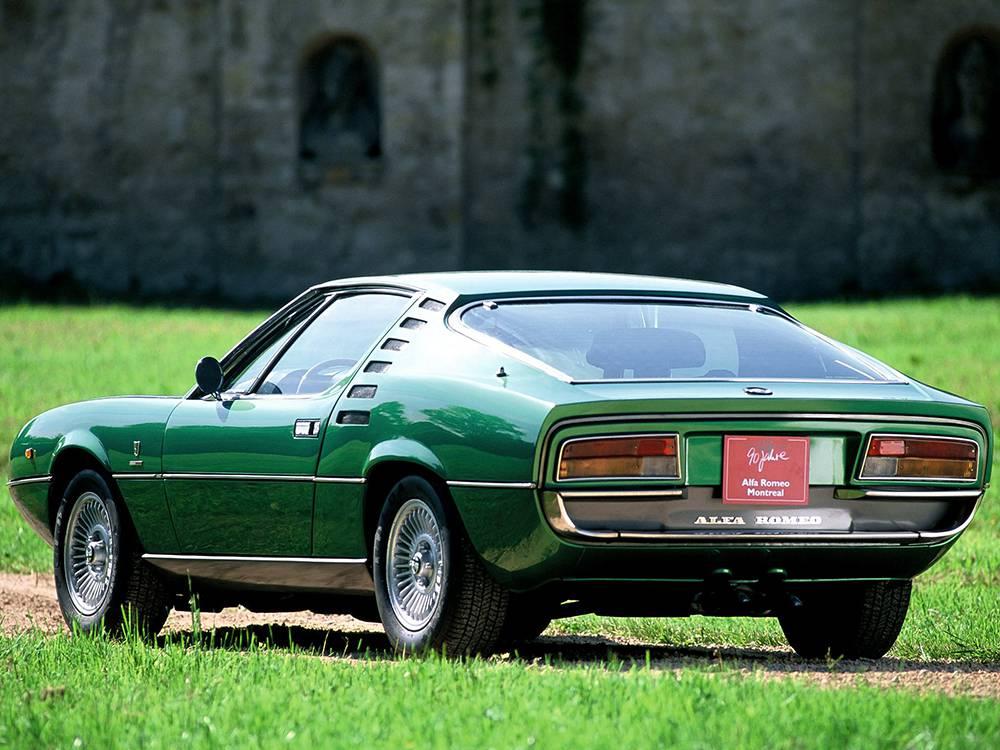 фото Alfa Romeo Montreal - вид сзади