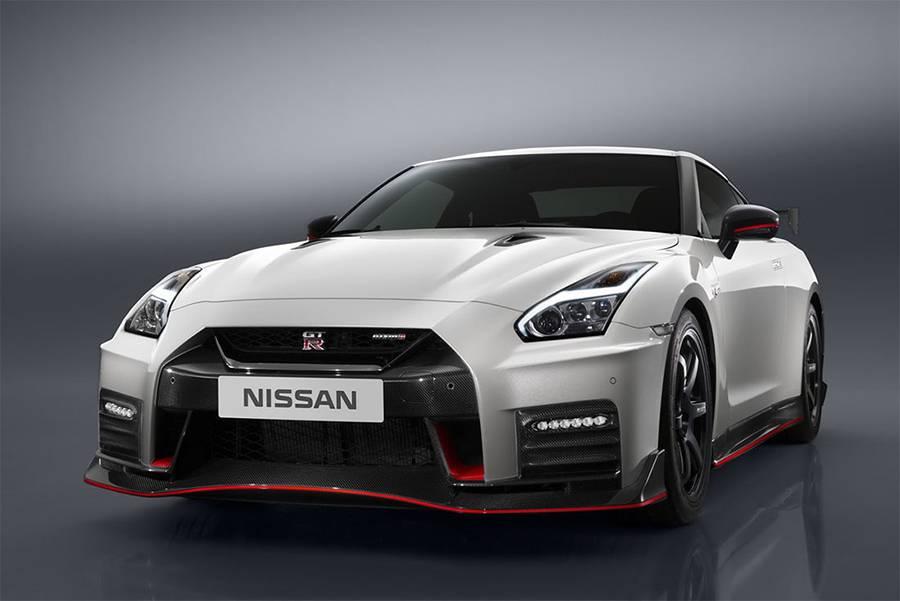 Nissan GT-R Nismo 2017-2018 года фото