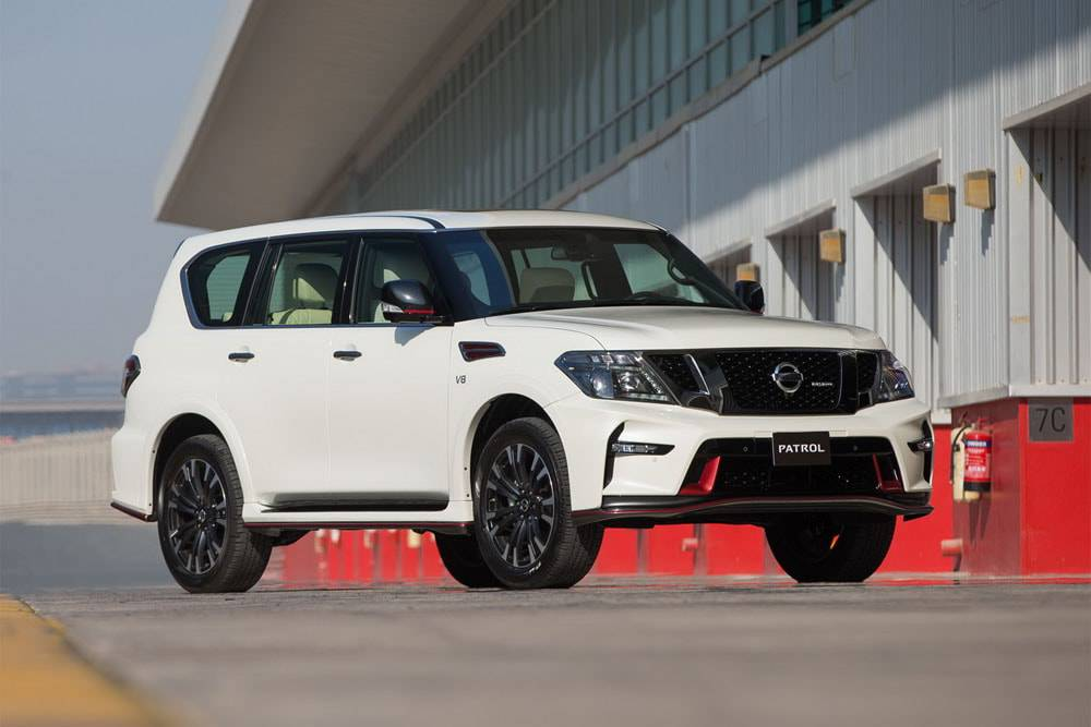 Nissan Patrol Nismo 2016-2017 - вид спереди