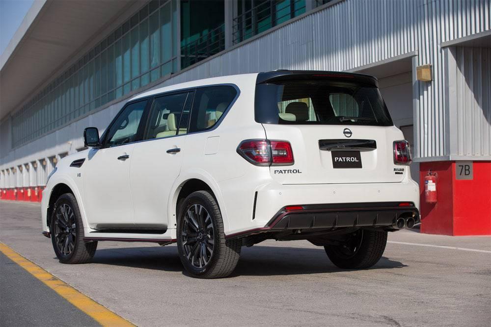 Nissan Patrol Nismo 2016-2017 - вид сзади