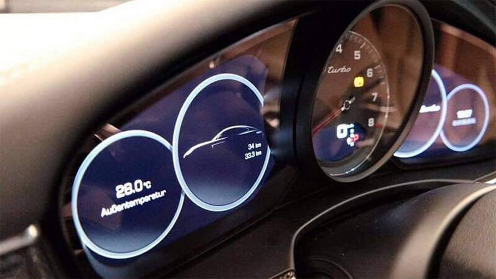фото панели приборов Porsche Panamera 2017-2018 года