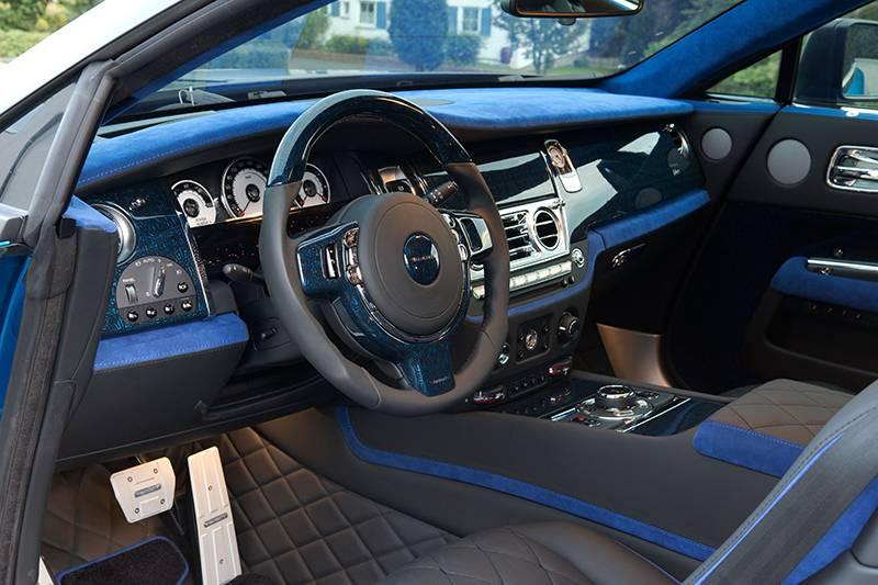 Фото салона Rolls-Royce Wraith от тюнингового ателье Mansory