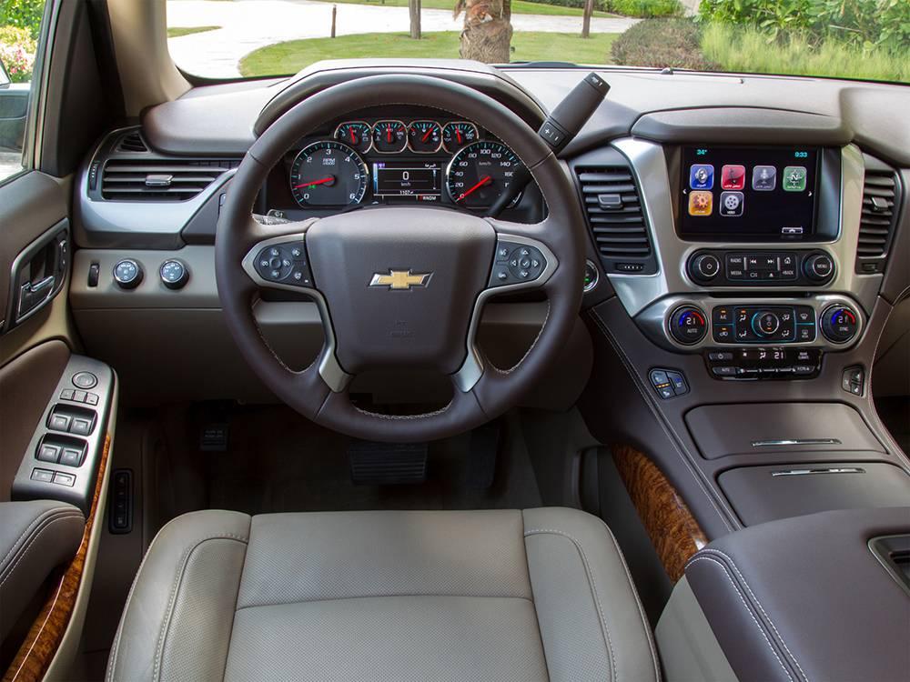 фото салона Chevrolet Tahoe 2016-2017 года