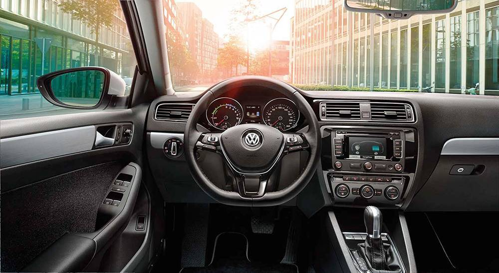 Фото салона Volkswagen-jetta-2015
