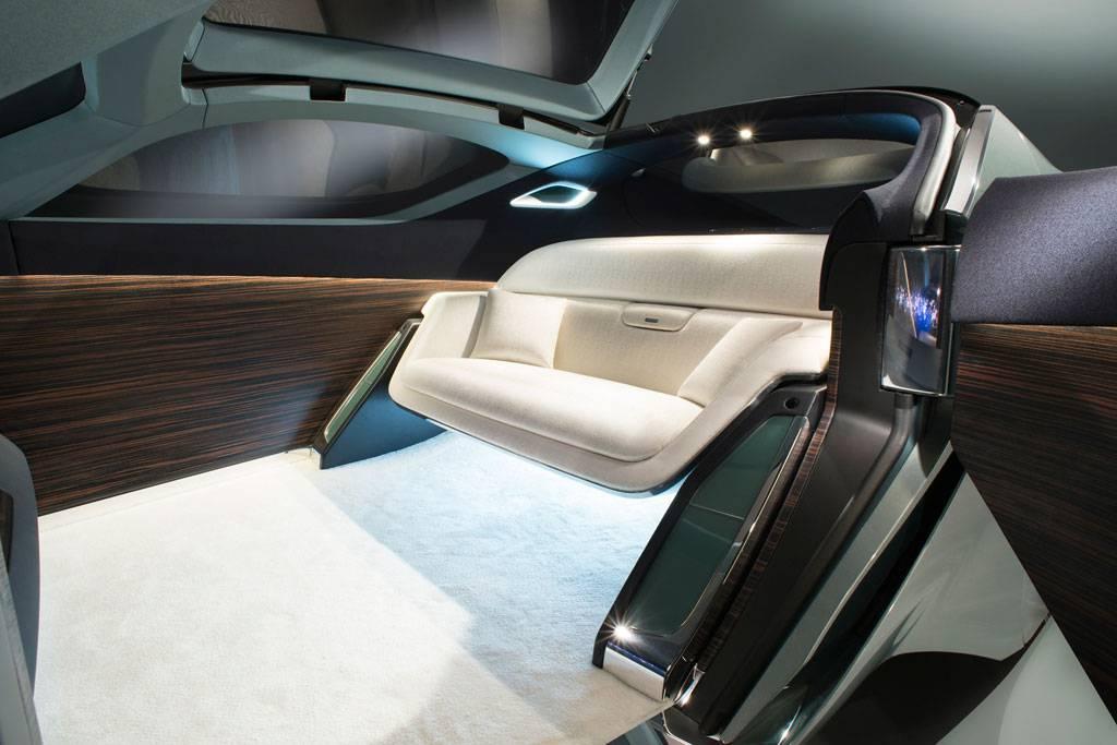 фото интерьера Rolls-Royce Vision Next 100