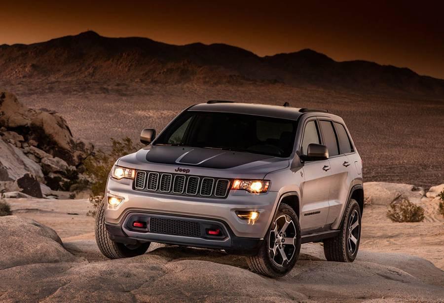 картинки Jeep Grand Cherokee Trailhawk 2016-2017 года