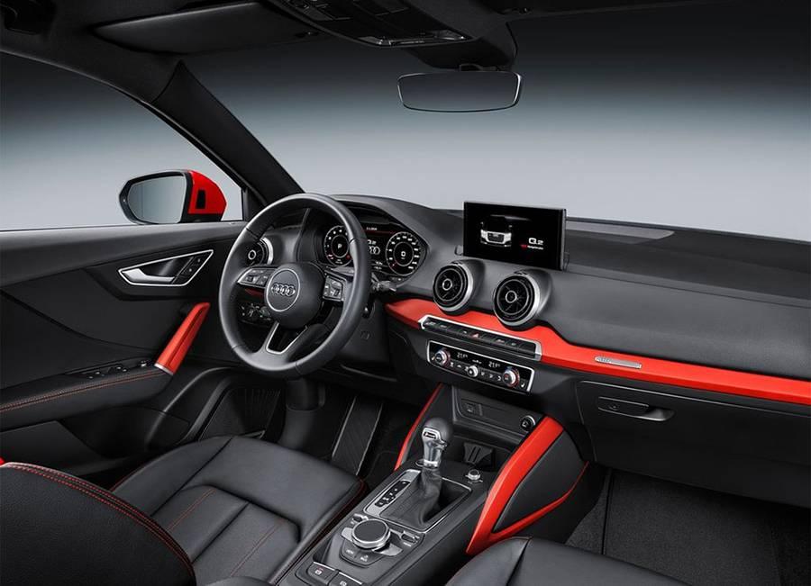 Фото салон Audi Q2 2016-2017 года